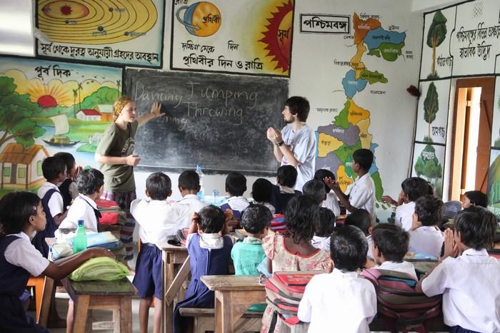 Dạy học tại địa phương có thể giúp bạn kiếm thêm thu nhập
