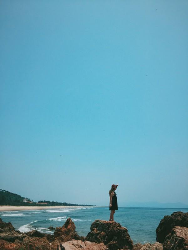 Xanh tươi màu biển ở bãi Đá Nhảy
