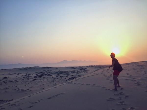 Đi về phía mặt trời