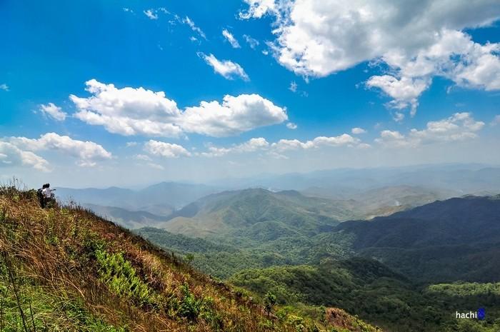 Không gian bao la núi bên núi đồi bên đồi ở A Pa Chải