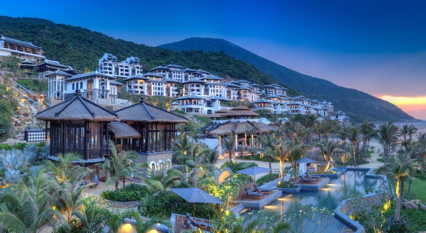 Intercontinental Danang Sun Peninsula Resort 5