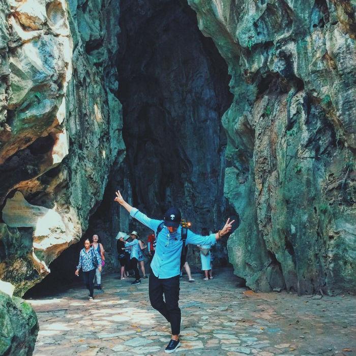 Nhí nhố trong hang động