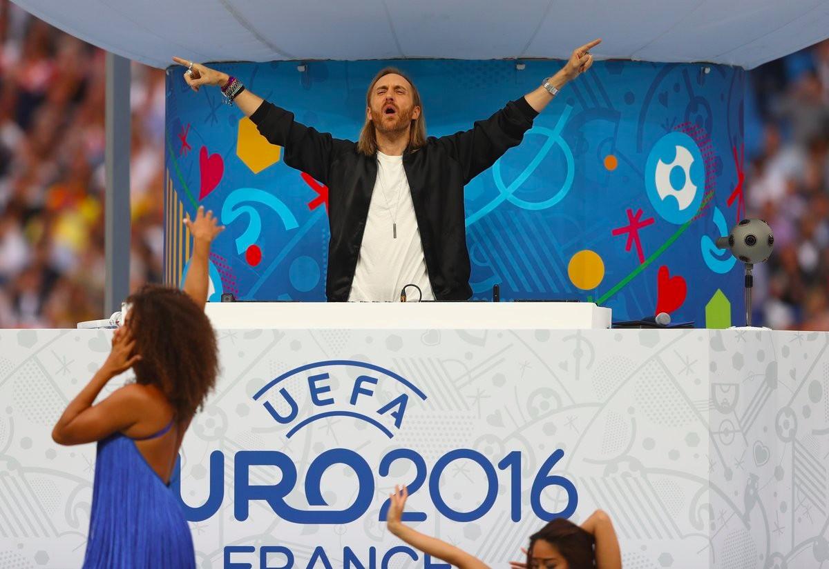 Đại sứ âm nhạc Euro năm nay David Guetta