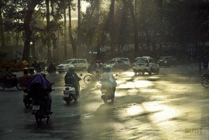 Sài Gòn không còn vừa mưa vừa nắng