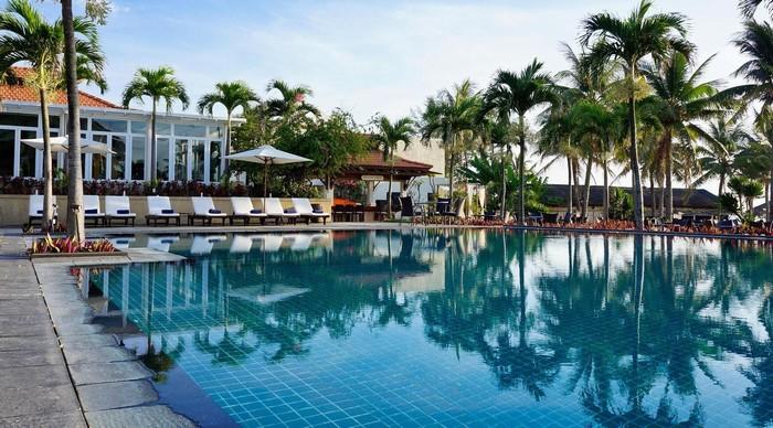 Furama Resort nằm trên đường Võ Nguyên Giáp – kinh đô nghỉ dưỡng của Đà Nẵng