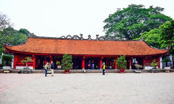 Ghé thăm trường Đại học đầu tiên của nước nhà