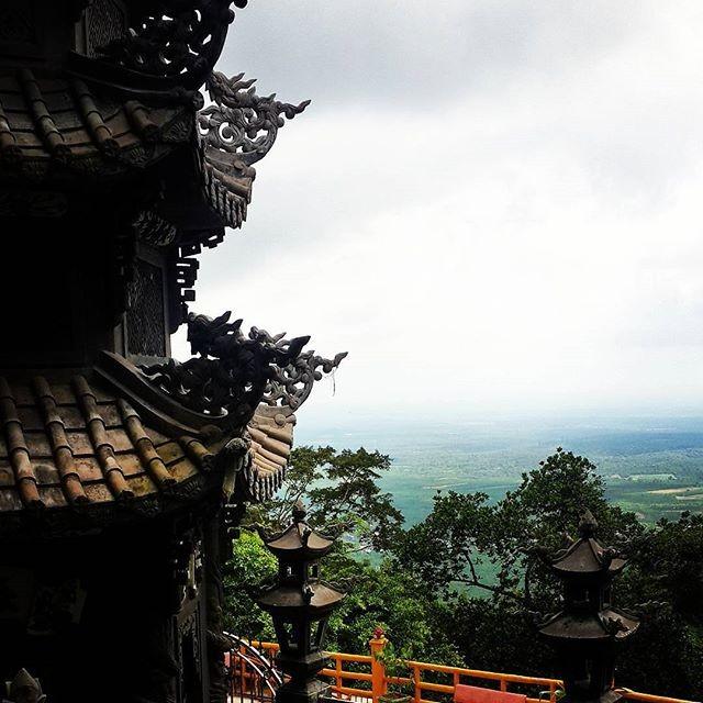 Vừa xinh 2 ngày nghỉ cuối tuần cho chuyến đi núi Chứa Chan