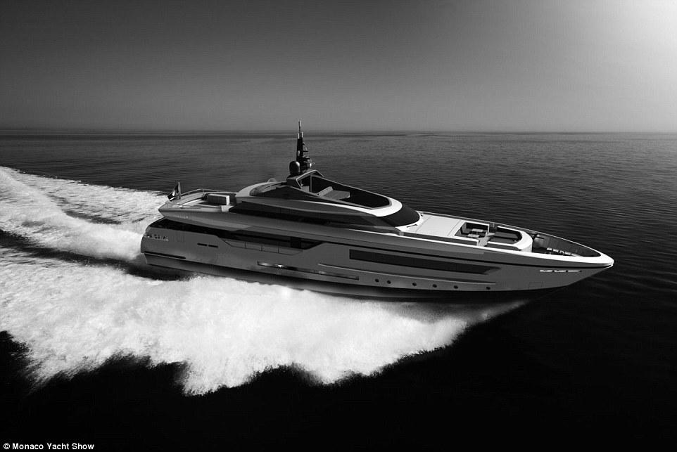 Siêu du thuyềnBaglietto, dài46 mvà có thể chạy với vận tốc26hải lý một giờ.