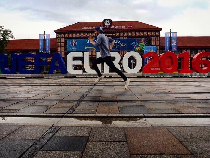 Chạy đua cùng Euro