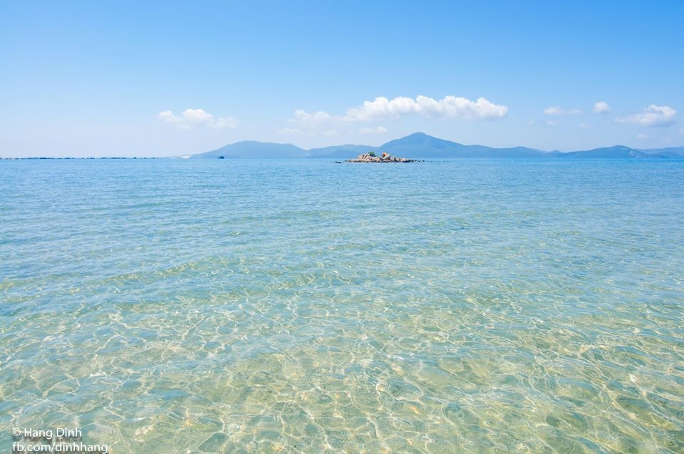 Mê mẩn với vẻ trong xanh của vùng biển Điệp Sơn