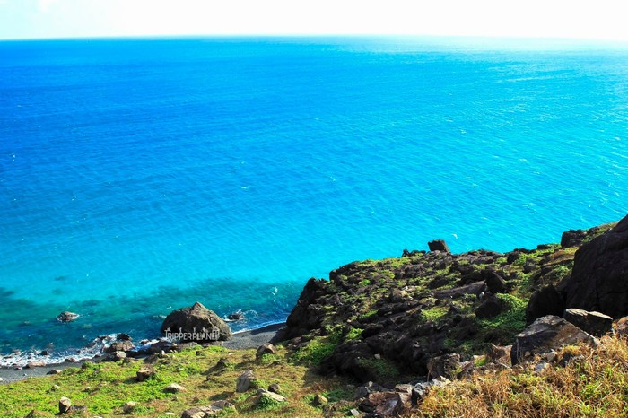 Xanh ngắt biển ở mũi Cá Mập