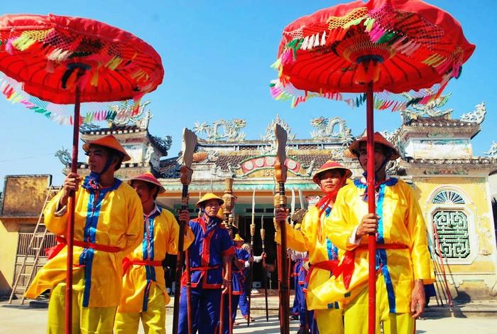 Những lễ hội văn hóa truyền thống vẫn được lưu truyền và gìn giữ tới ngày nay