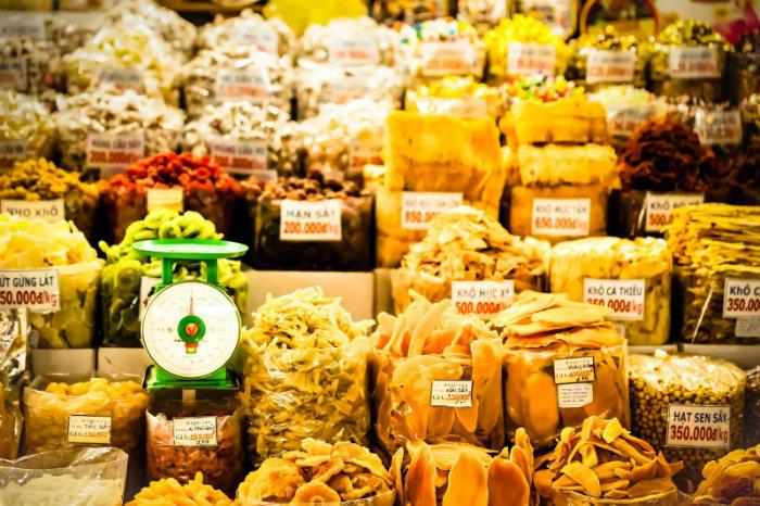 Khu bán đặc sản sấy khô của các tỉnh miền Tây