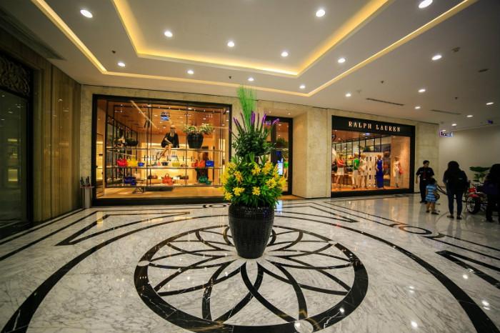 Thiên đường mua sắm hàng hiệu Vincom Center