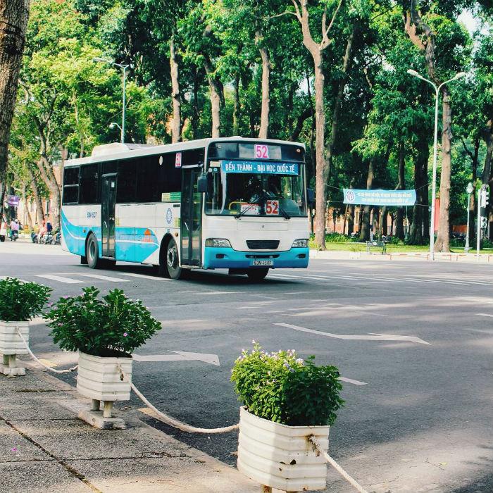 Xe bus, phương tiện rẻ nhất Sài Gòn