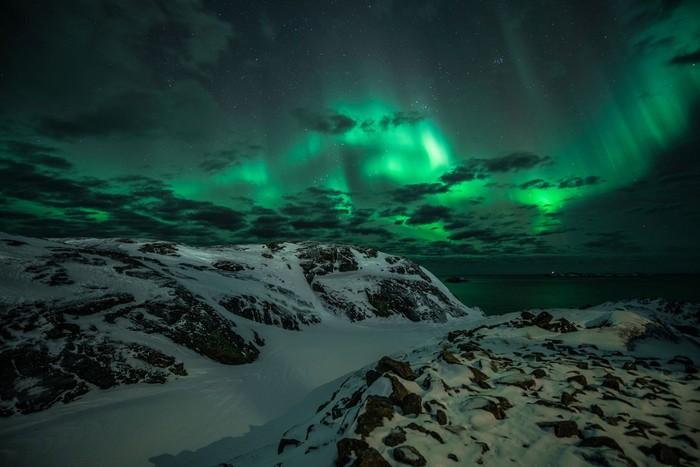 Cực quang kỳ ảo, huyền diệu ở hòn đảo băng giá