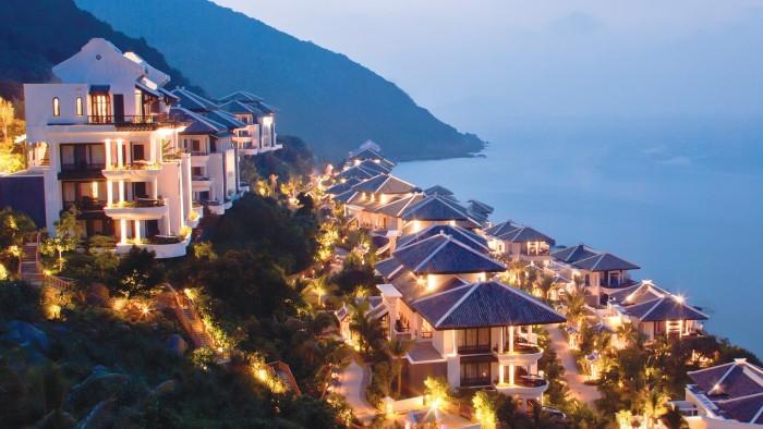 Vẻ đẹp lung linh của khu nghỉ dưỡng đẳng cấp bậc nhất Việt Nam - Ảnh: citypassguide