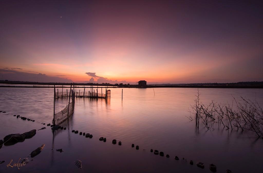 Mặt nước lặng như tờ trên phá Tam Giang
