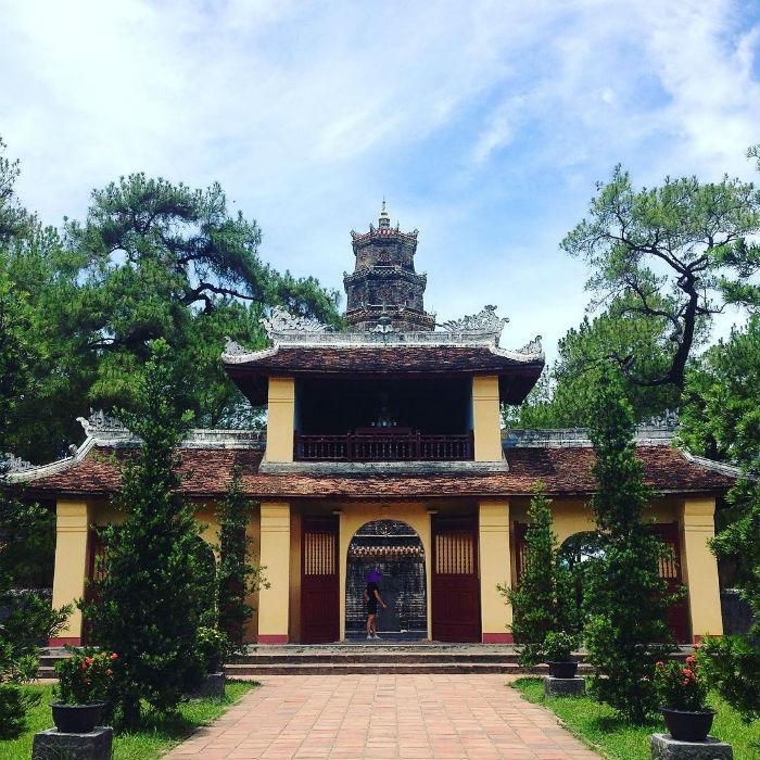 Một góc cổ xưa ở chùa Thiên Mụ
