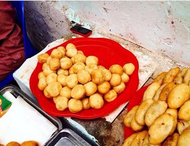 Bánh rán mặn, ngọt Nhà Chung: