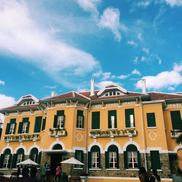 Chiêm ngưỡng những dinh thự xa xỉ của vua Bảo Đại khắp mọi miền - Ảnh: @th_1201