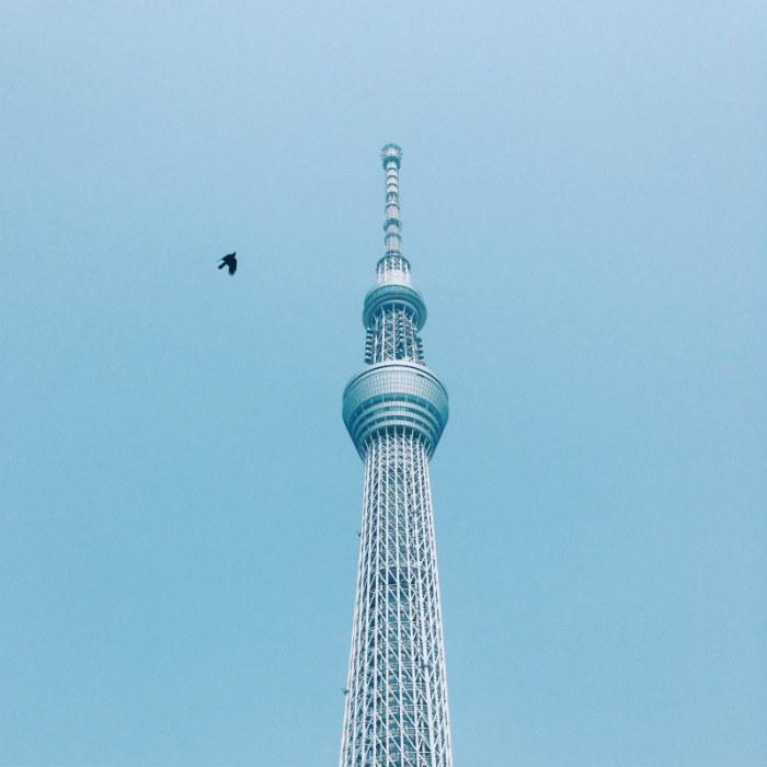 Skytree cao 634m sừng sững giữa trời xanh
