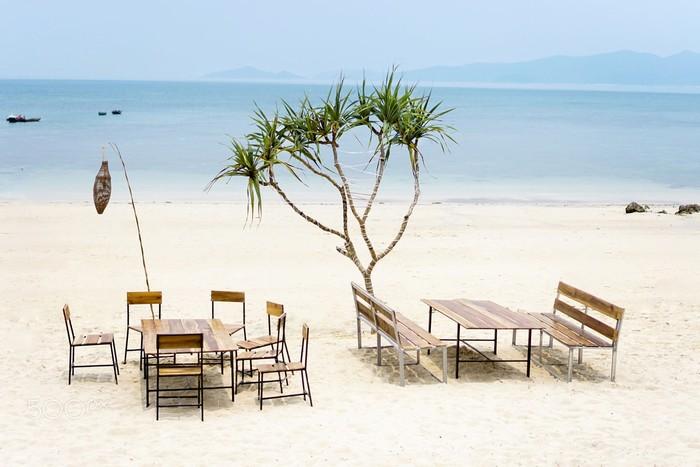 Nghỉ ngơi trên bãi cát mịn trắng mịn như kem