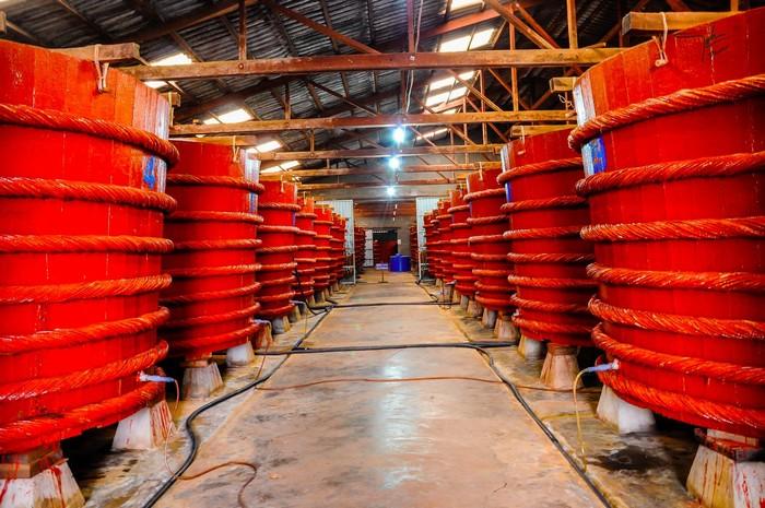 Khám phá cơ sở sản xuất nước mắm ngon nổi tiếng