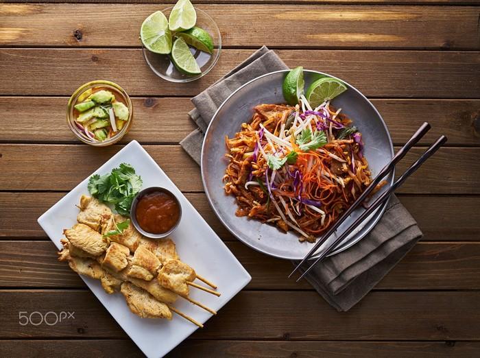Pad Thai - được xem là một trong những món ăn nổi tiếng của Đông Nam Á