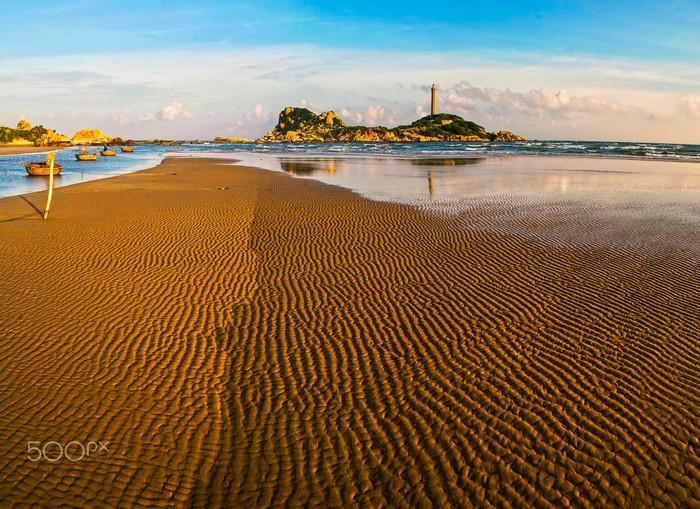 Bãi cát vi vu đón hè ở mũi Kê Gà