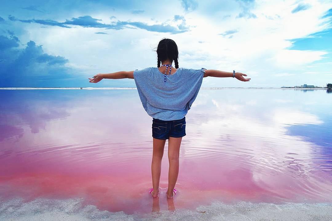 Đưa tay ôm lấy cả khung trời mộng mơ