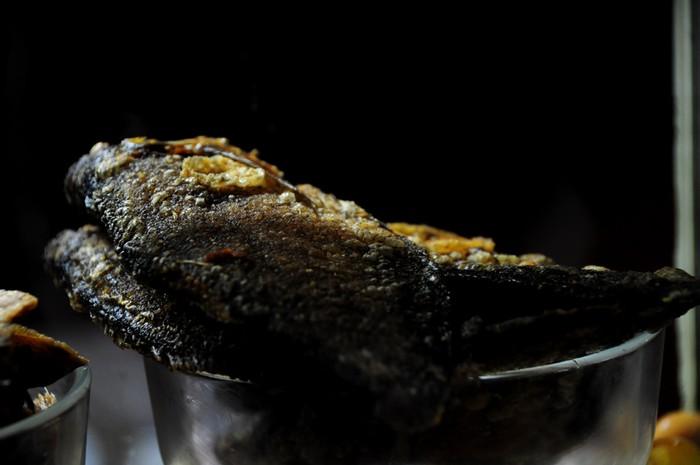 Khô cá sặc cũng là món mồi bén của những tín đồ nghiện cháo trắng.