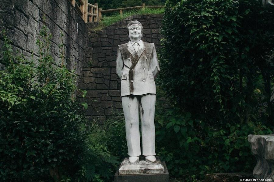 """Các bức tượng điêu khắc nằm tại một ngôi làng được biết đến với tên gọi """"Fureai Sekibutsu no Sato"""