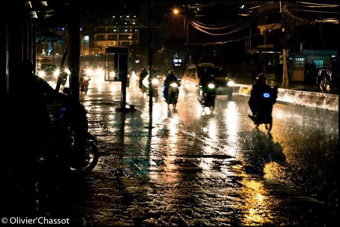 Hạn chế di chuyển giữa màn đêm trong thời tiết xấu