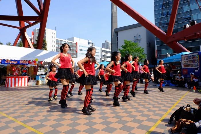 Những buổi biểu diễn thú vị dưới chân tháp Sapporo