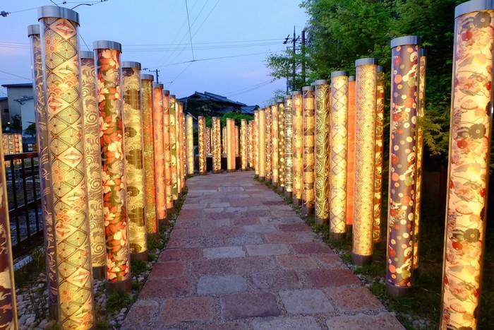 Những cây trúc ánh sáng