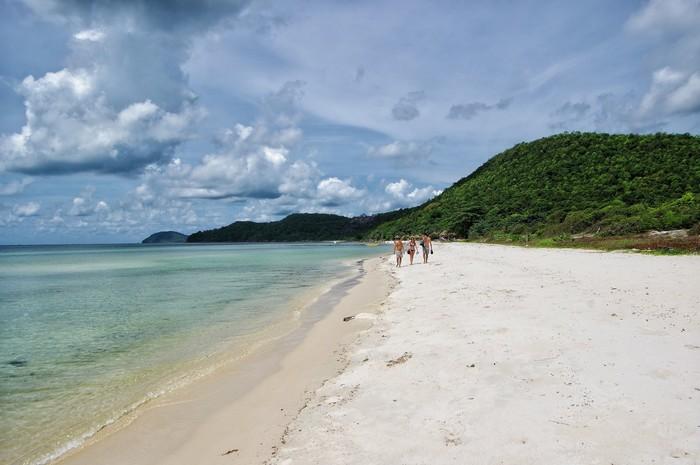 Những bãi biển vắng