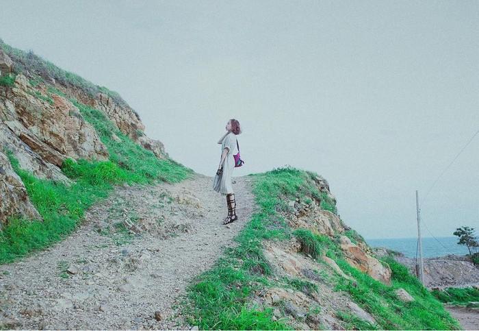 Giữa đường lên mũi Nghinh Phong