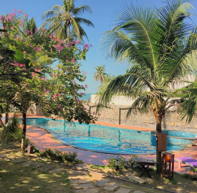 Coral Sea Boutique Resort 2