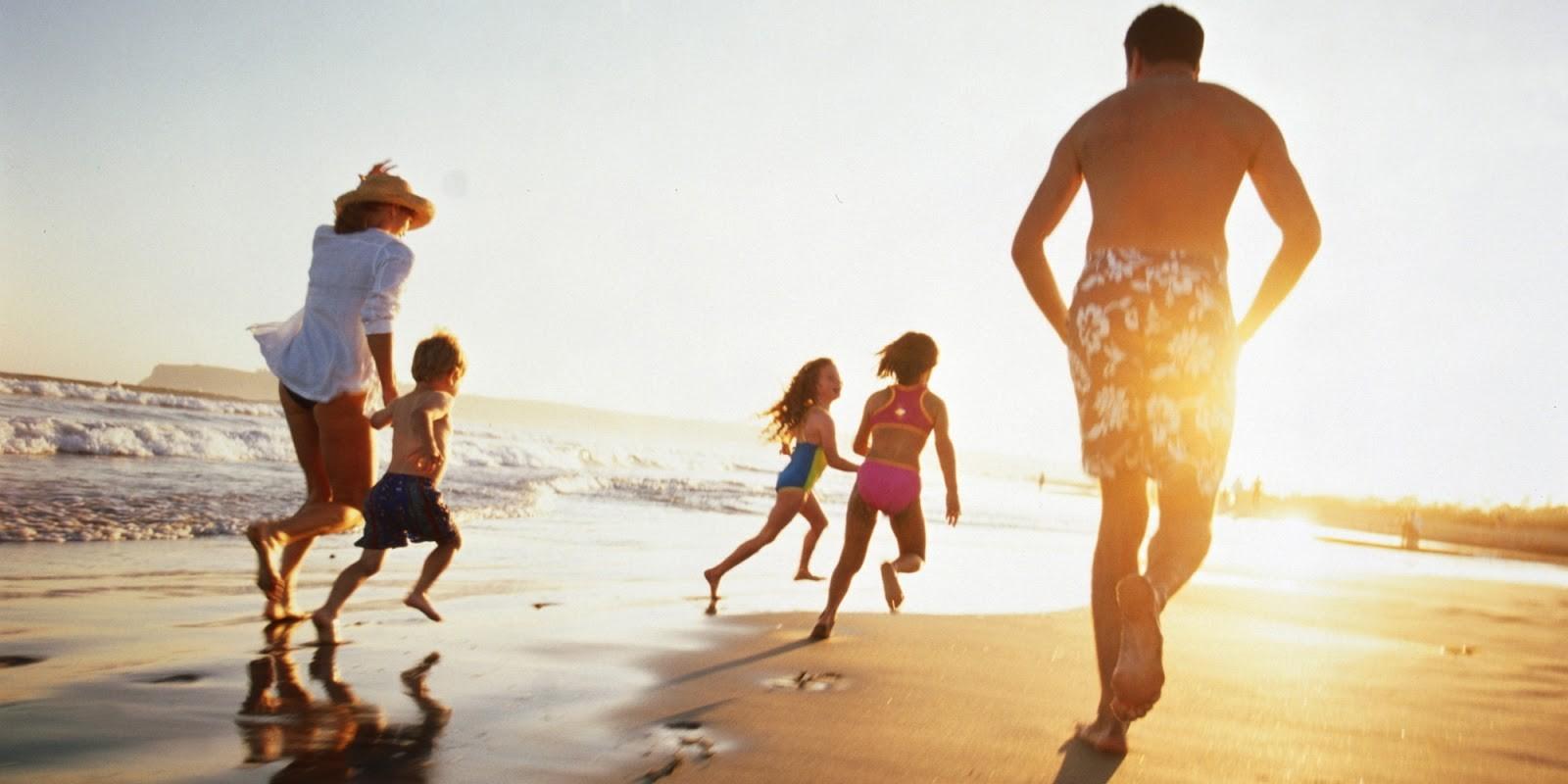 Những chuyến du lịch gia đình là dịp để mọi người gần nhau hơn