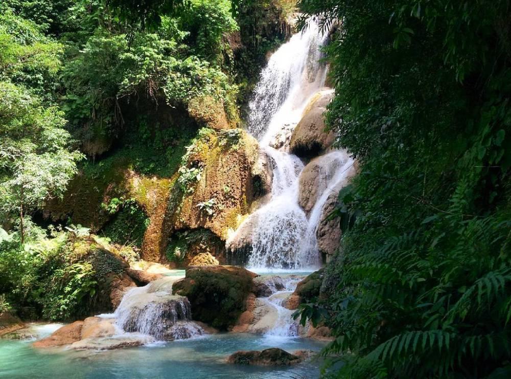 Thác Kuang Si được đánh giá là điểm du lịch hấp dẫn nhất không chỉ ở Luang Prabang mà nổi tiếng trên cả nước Lào.