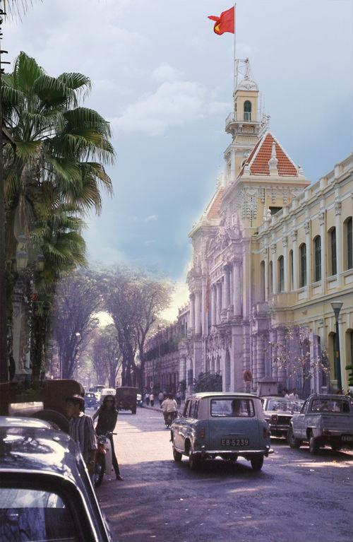 Trụ sở UBND TP HCM trước còn được gọi là Tòa đô chánh Sài Gòn, hiện là nơi làm việc của chính quyền thành phô. Địa chỉ hiện nay là số 86 đường Lê Thánh Tôn, phường Bến Nghé, quận 1, nằm ngay đầu đại lộ Nguyễn Huệ.