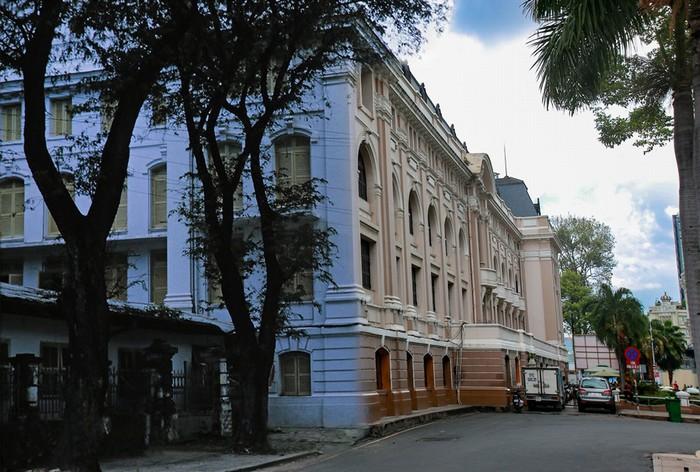 Nhà hát thành phố được coi là trung tâm văn hóa – nghệ thuật của giới trí thức và thượng lưu Sài Gòn xưa.