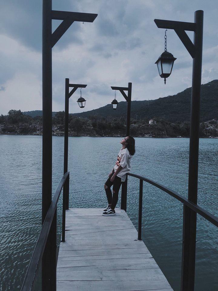 Xuyến xao với khung trời mơ mộng ở hồ Đá Xanh