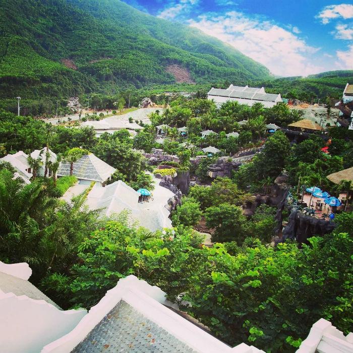 Công viên suối khoáng nóng núi Thần Tài – lạc giữa rừng xanh