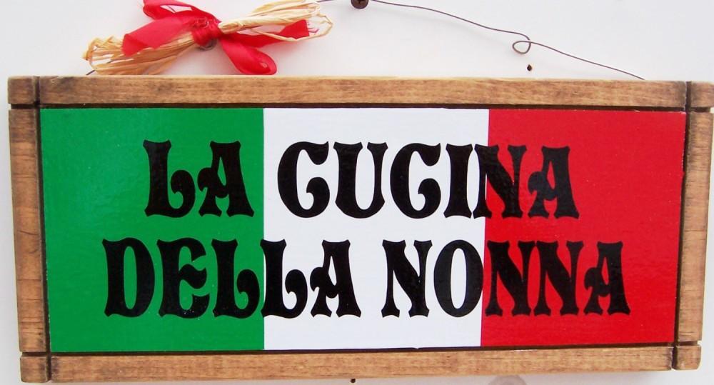 Mọi người đều yêu quý người già:Người Italy rất nhiệt thành về chuyện gia đình và coi việc chăm sóc người già rất quan trọng.