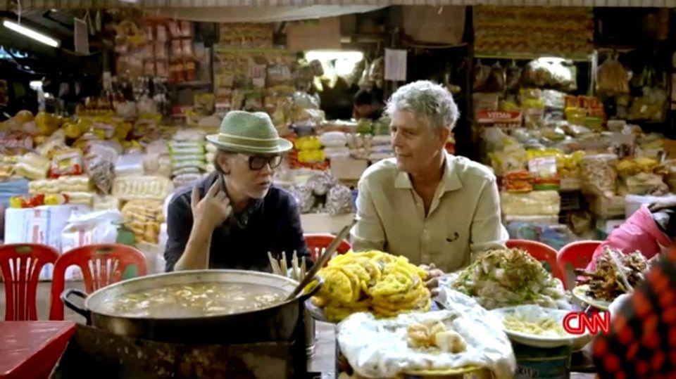 Anthony Bourdain trên những nẻo đường khắp Việt Nam.