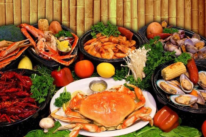 Đến Vũng Tàu, bạn sẽ được thưởng thức nhiều món ngon từ hải sản