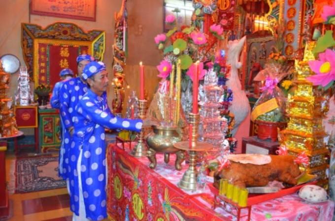 Lễ hội Miếu Bà Ngũ Hành với những nghi thức tế lễ trang nghiêm