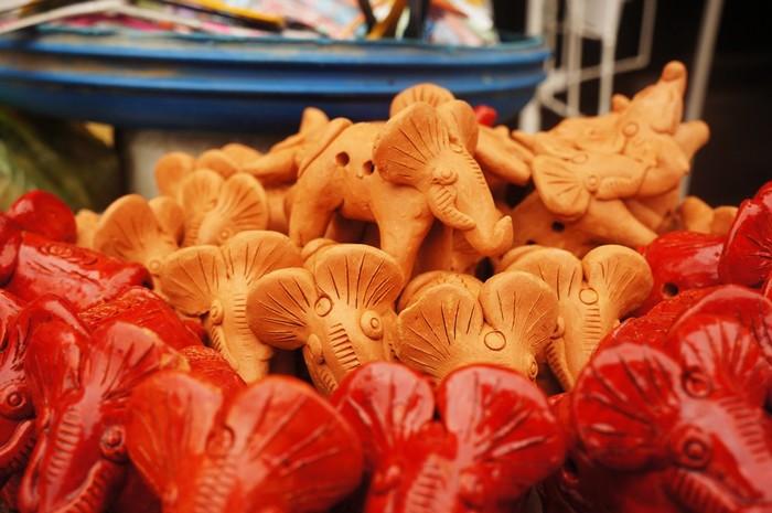 Con giồng xuất xứ từ làng gốm Thanh Hà, Hội An được nhiều du khách lựa chọn mua về làm quà vì giá rẻ lại đáng yêu